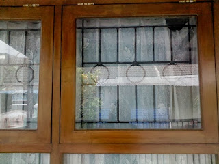 Contoh tralis jendela