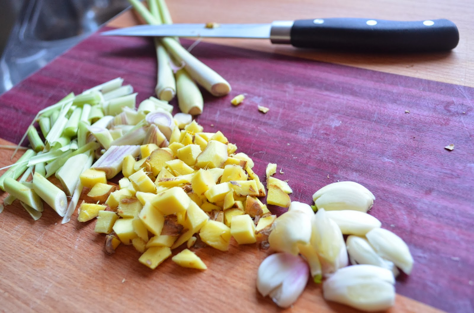 vegan cooking kokos zitronengrassuppe mit gem se. Black Bedroom Furniture Sets. Home Design Ideas