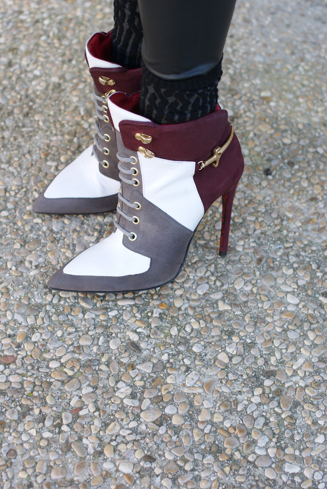 Cesare Paciotti multicolor heels on Fashion and Cookies fashion blog, fashion blogger style