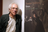 Tzvetan Todorov presentó el libro Goya. A la sombra de las luces. EFE