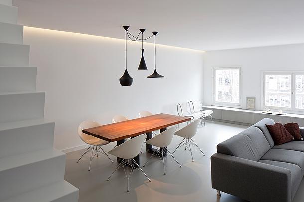Marzua luminoso apartamento d plex en amsterdam por for Aislar puerta entrada