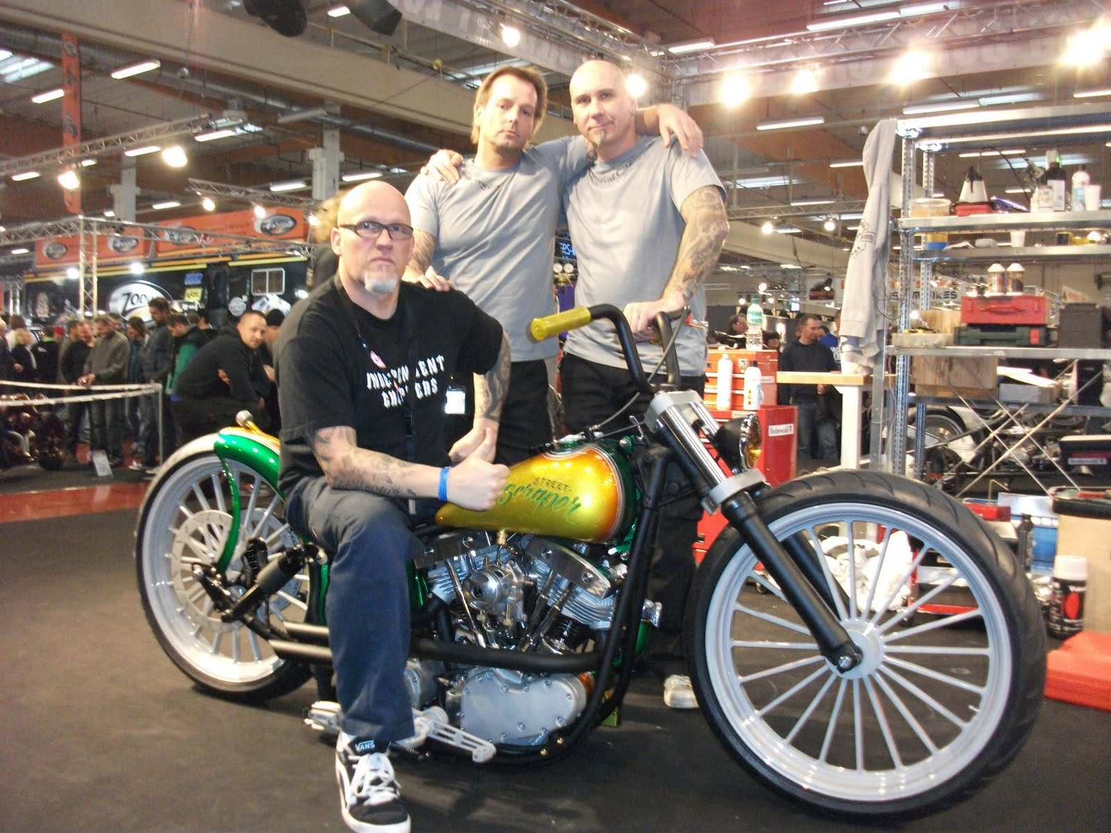 INDEPENDENT CHOPPERS: BIKER-BUILD-OFF EUROPE 2011