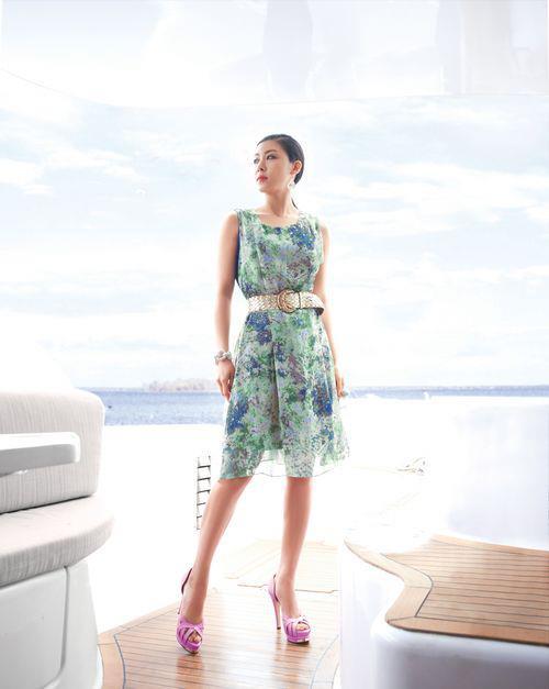 http://1.bp.blogspot.com/-ElI2DHBia9Q/T_FyYwGZOnI/AAAAAAAADQw/1Hc3YHVcizQ/s1600/Women's+Apparel+Summer+Goddess+Edtion-2.jpg