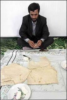Mahmoud Ahmadinejad, presiden, iran, indonesia, amerika, dunia, kekayaan, kebaikan, sifat, teladan, cara makan