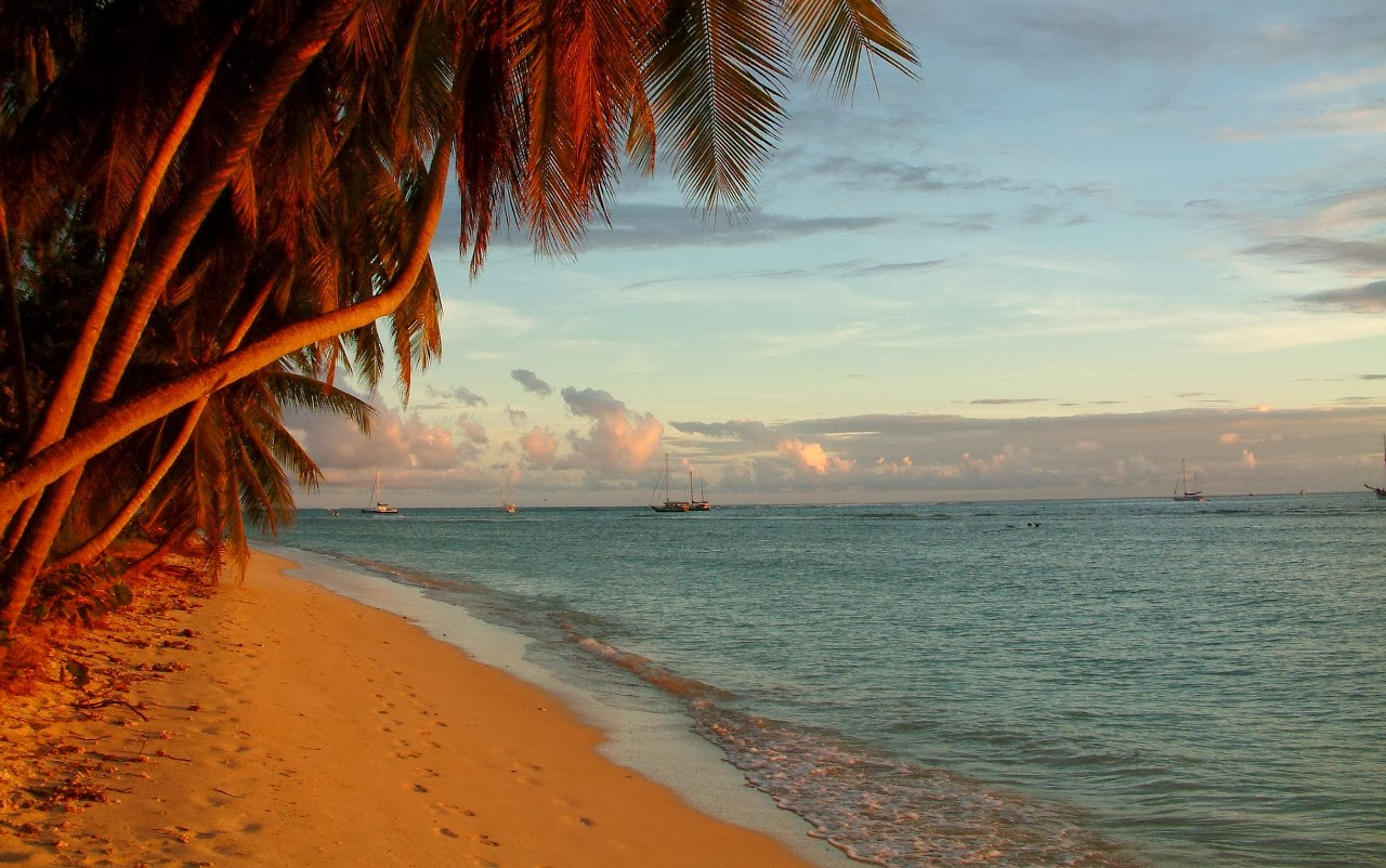 Beach photography - Gentle Caribbean Sunset