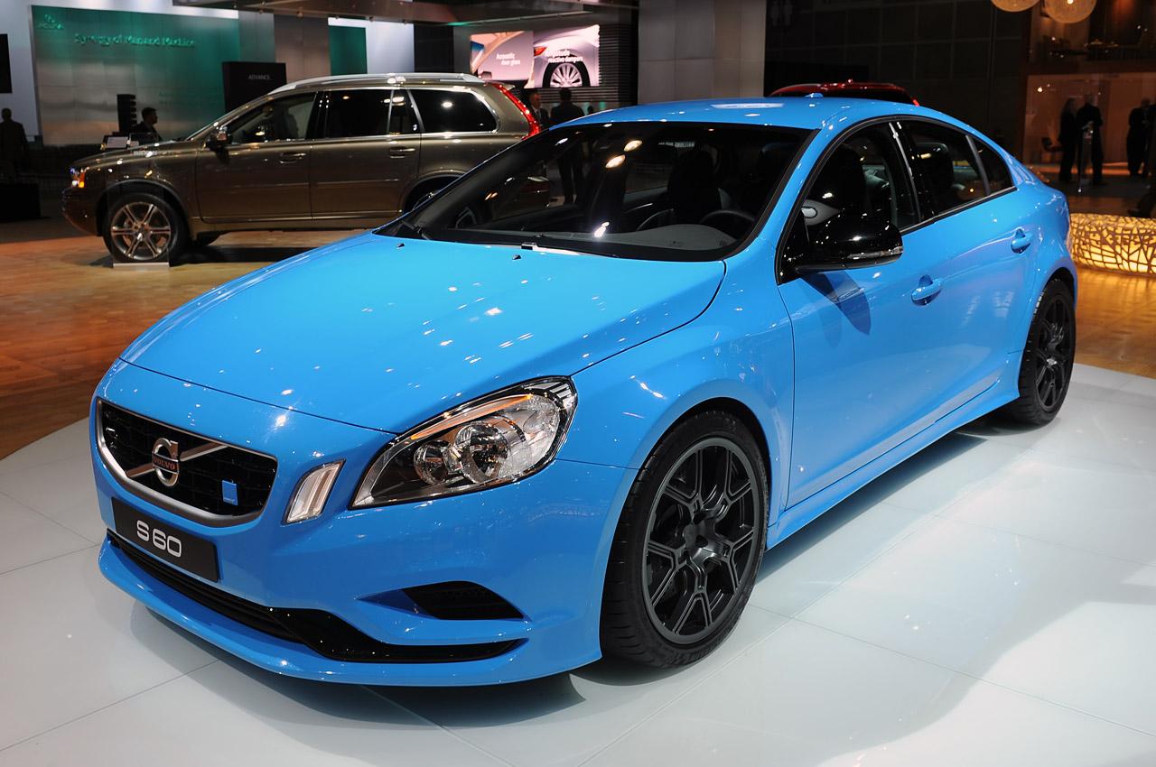 Volvo s60 polestar concept looking smurfy in jay leno 39 s for Garage concept auto