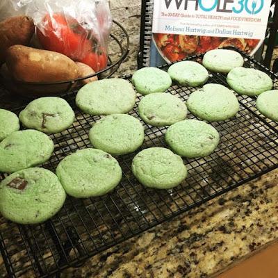 mint chocolate chip cookies, cookies, sugar, yum