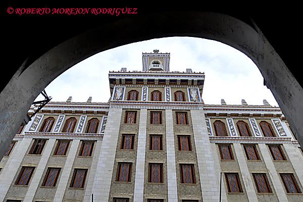 Fachada del Edificio Bacardí en La Habana, Cuba, el 12 de marzo de 2013. Esta construcción de 1930 es la obra maestra del Art Deco habanero.