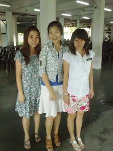 Rakan-rakan saya^.^