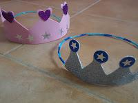 Coronas de goma eva para niños.