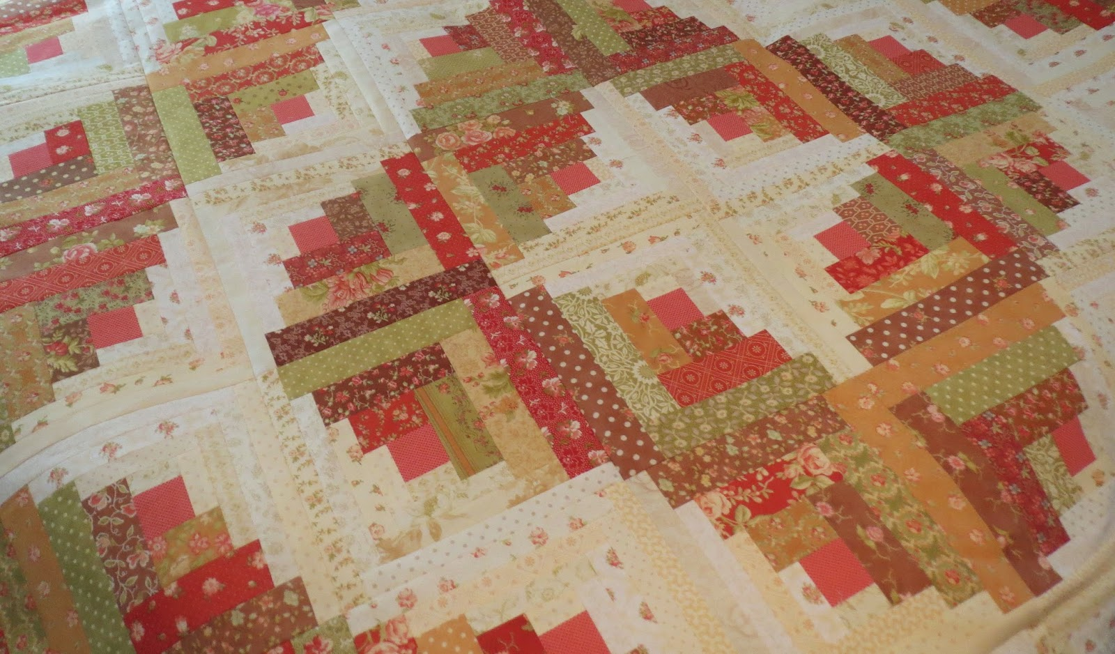 Quilting on Main Street: Curved Log Cabin : curved log cabin quilt block - Adamdwight.com