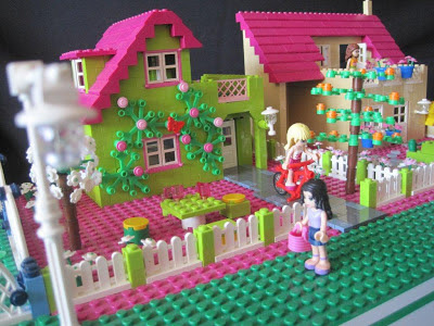 Bright Green House Friends Bright Green House By AlfredD Via