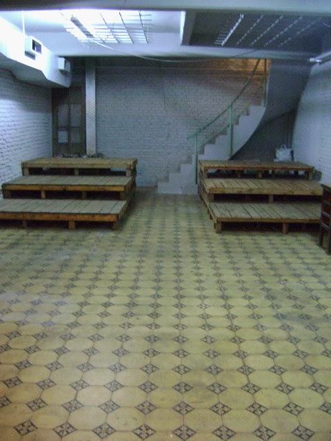 Las gradas de la sala