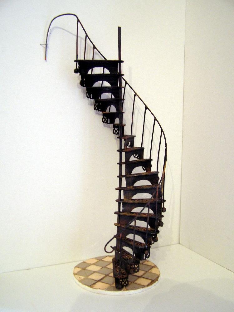 Peque eces diy escalera de caracol victoriana victorian for Victorian spiral staircase