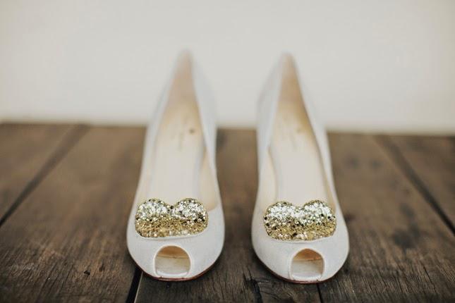 Zapatos de colores para novias