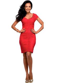 vestido tubinho vermelho em escamas