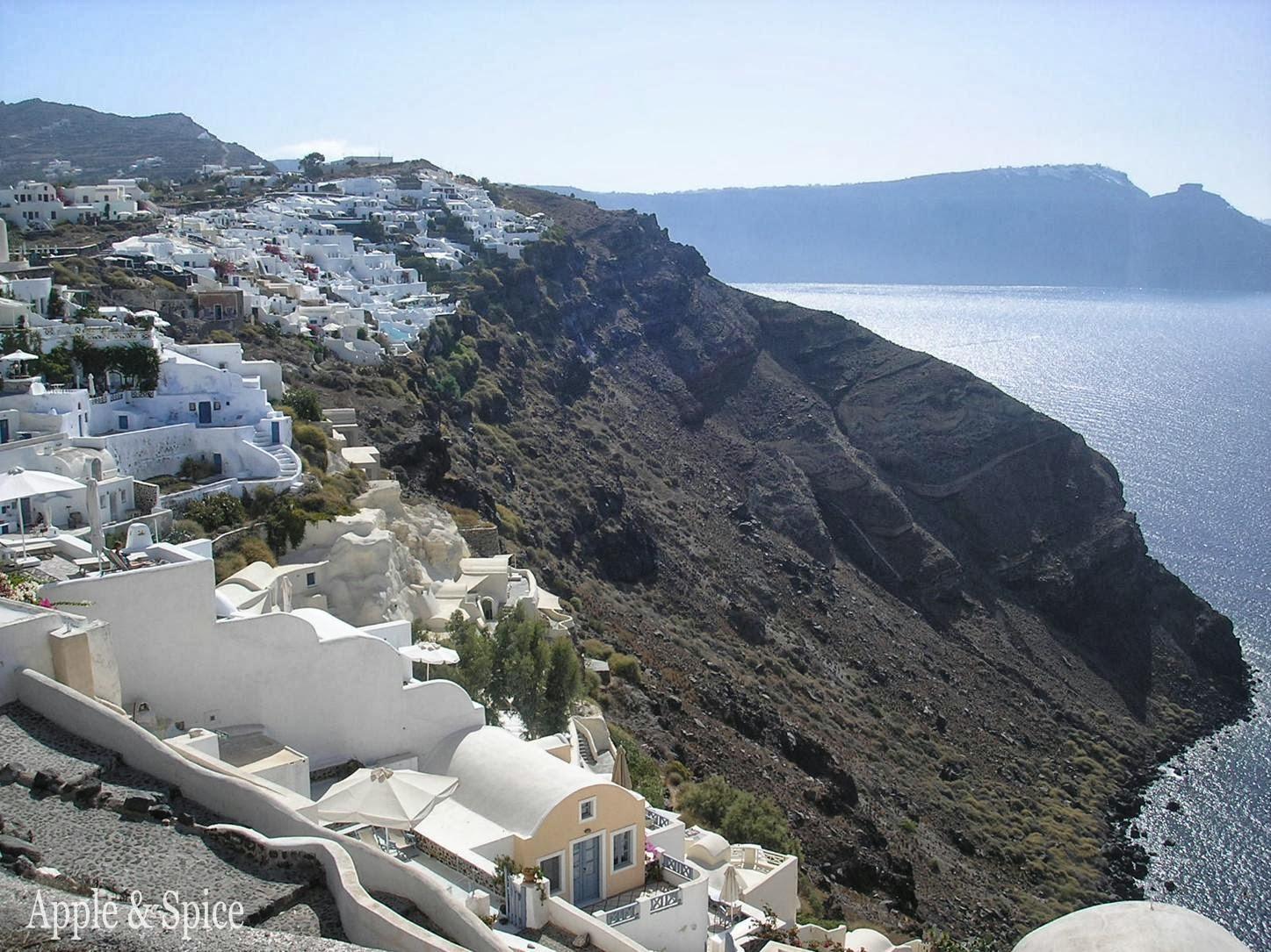 Apple Amp Spice Sites Of Santorini Greece
