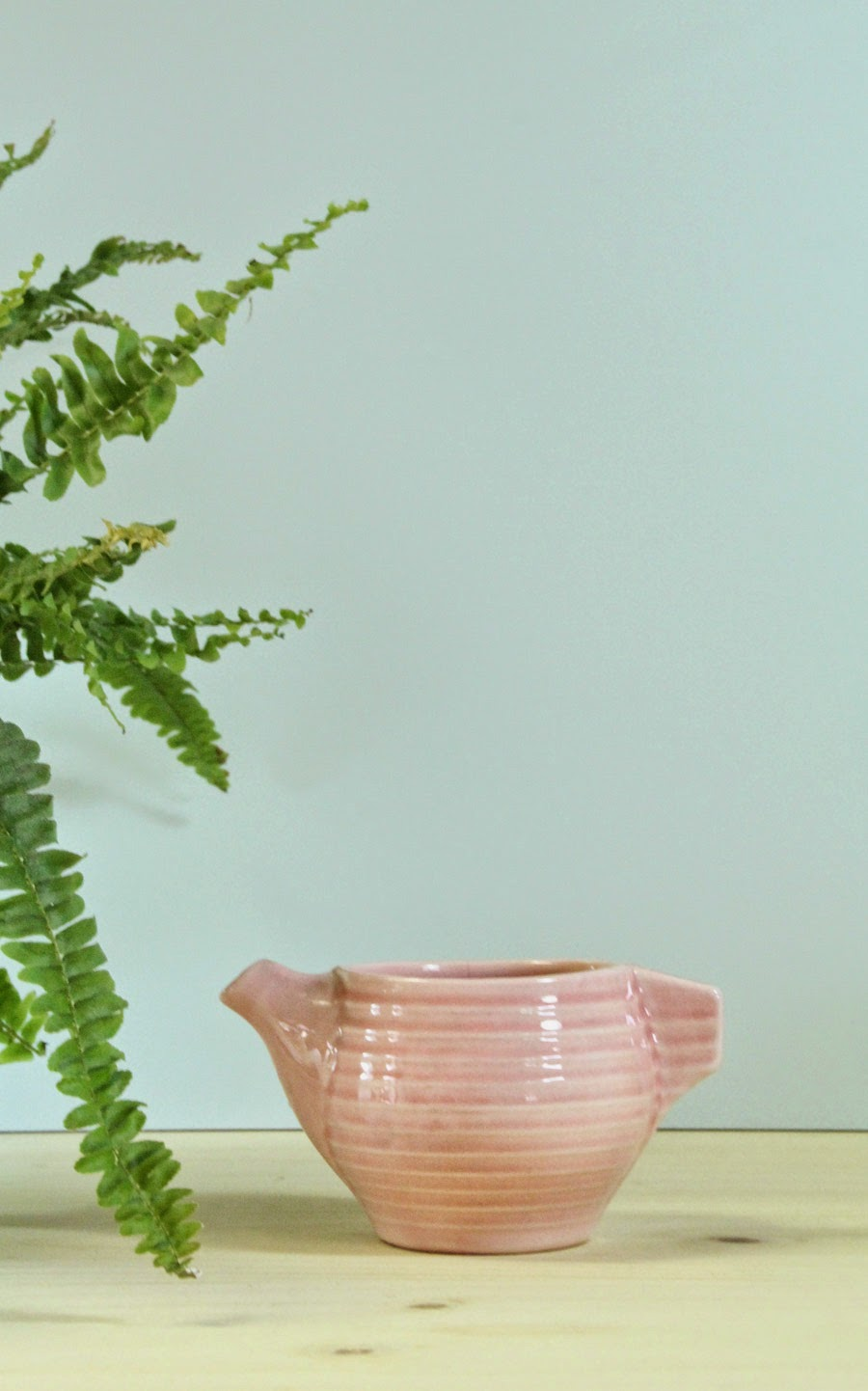 pot à lait service rétro vintage couleur rose pastel céramique