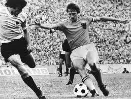 Holanda 2x0 Alemanha Oriental - 1974