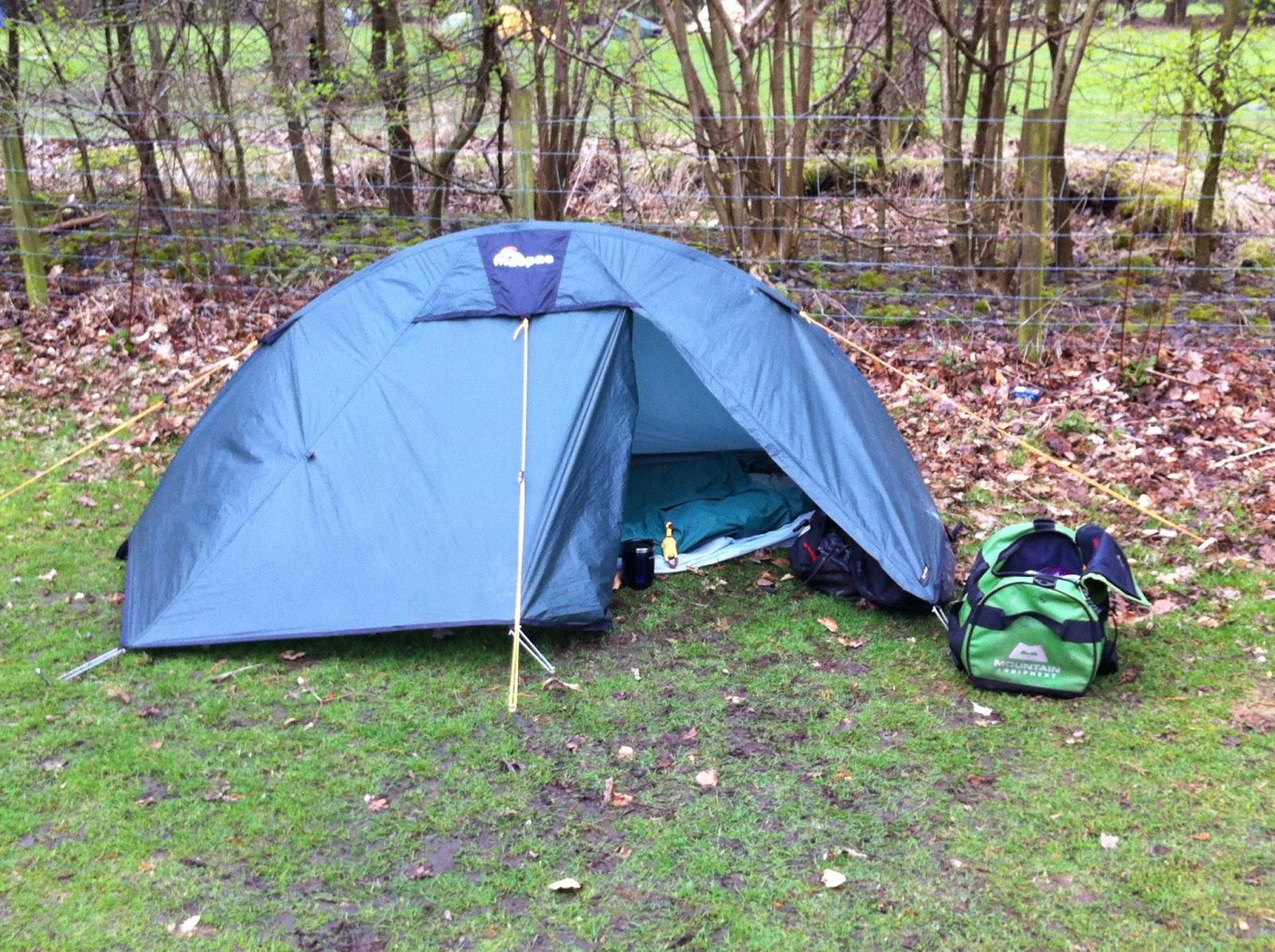 Macpac Microlight Tent & TAT Trail 2014: Camping Gear...