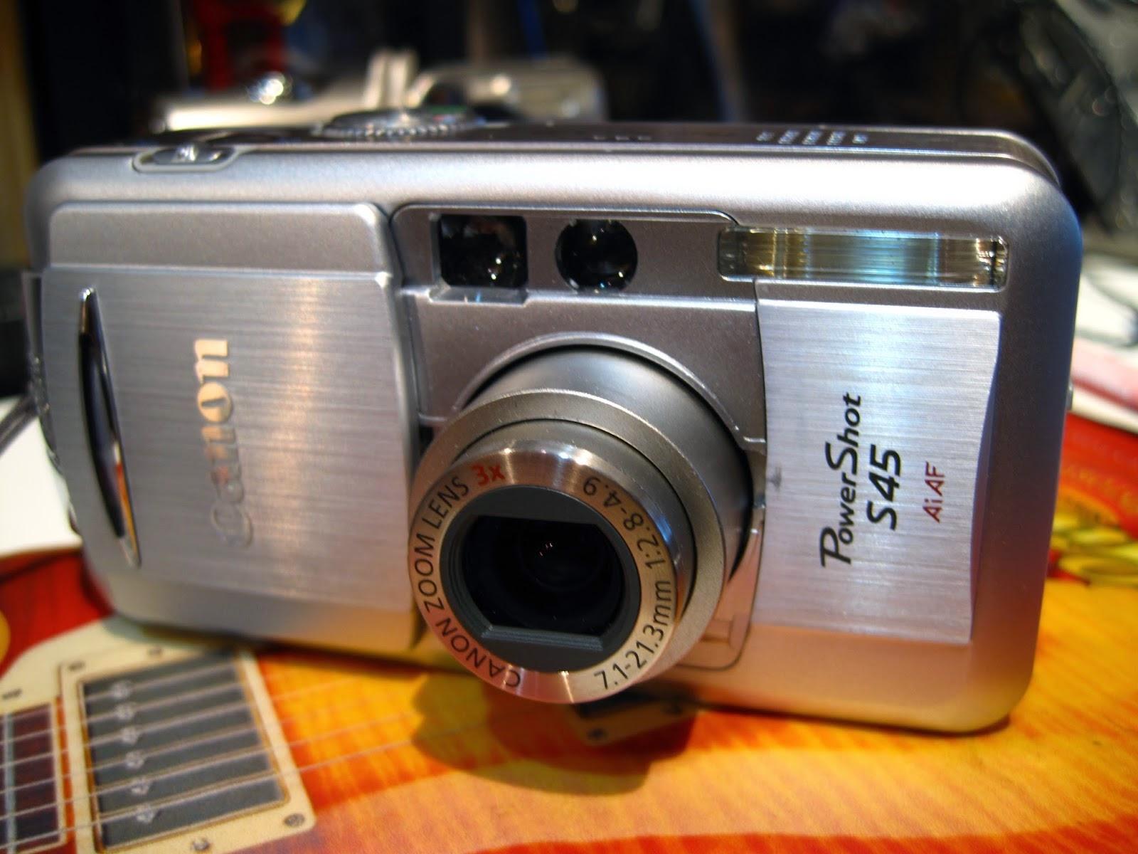 デジタルカメラで神社