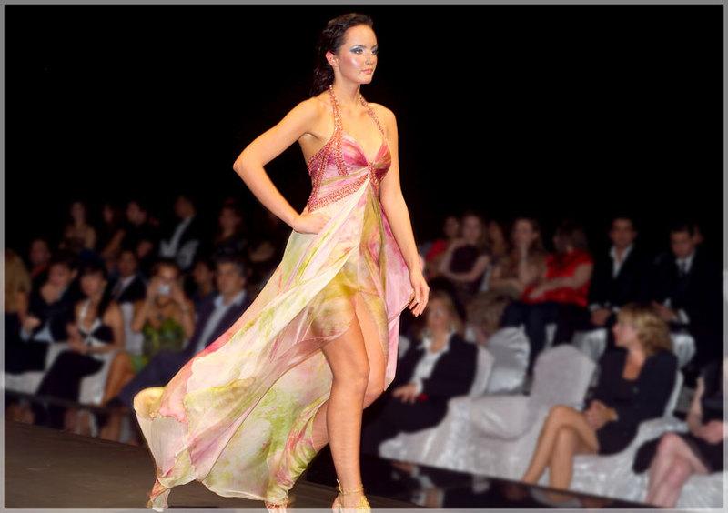 Daily Fashion 4 Us World Of Fashion