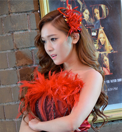 [PHOTO] Jessica with PAPARAZZI Setting Background