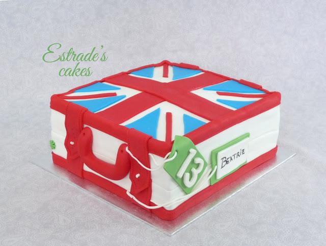 tarta cuadrada de maleta británica-1