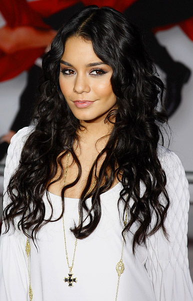 vanessa hudgens long cury hairstyle hair extensions
