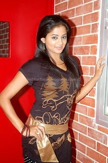 bollywood, tollywood, hot, Priyamini, hot, poss