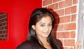 Priyamini hot poss