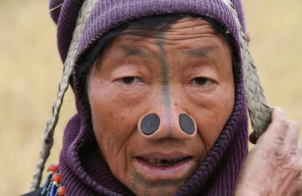 Wanita Suku Apatani