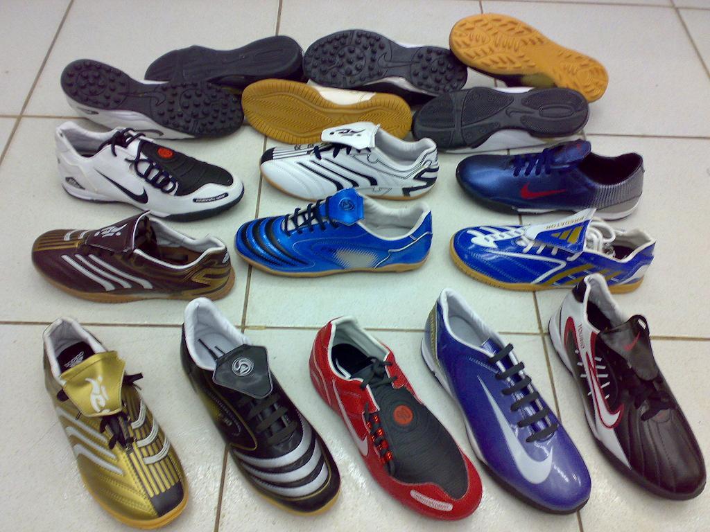 Koleksi Renko: Tips dan Cara Memilih Sepatu Futsal