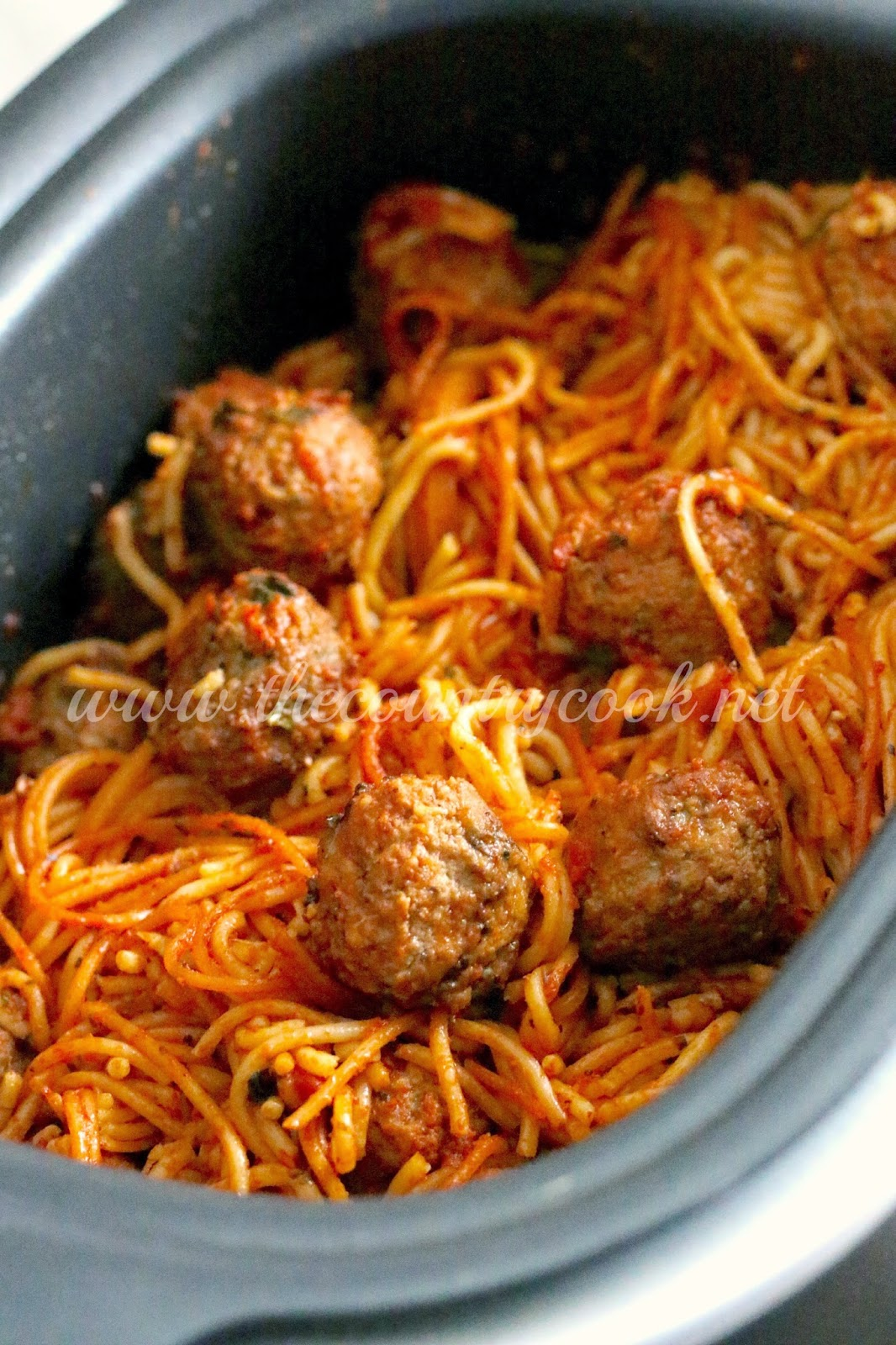 Crock Pot Spaghetti & Meatballs {All-in-One} - The Country Cook