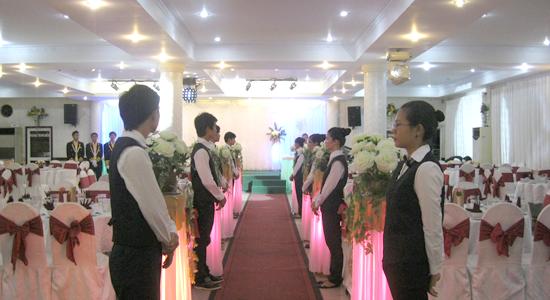 Nhà Hàng Tiệc Cưới - Hội Nghị Bích Câu
