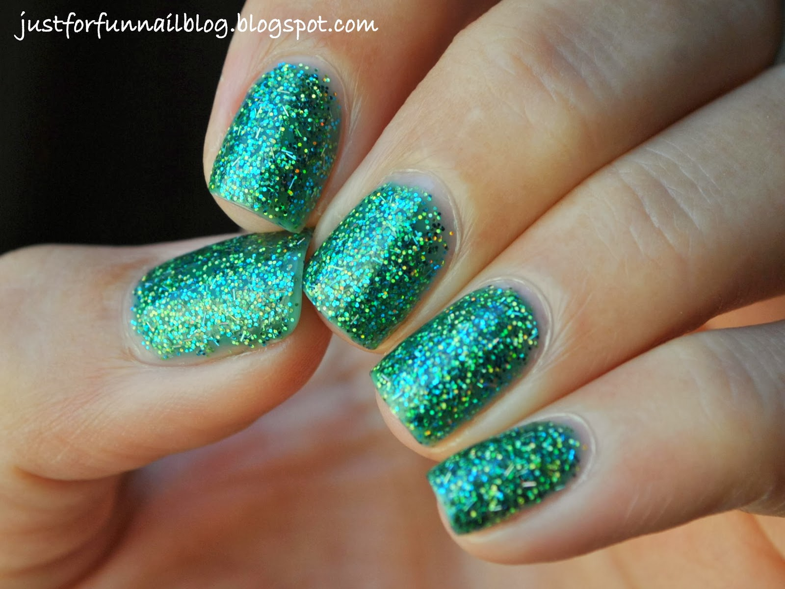 KIKO 441 Illusion Green