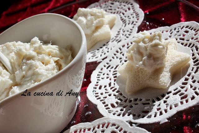 tartine con baccalà mantecato - tartine cu cod