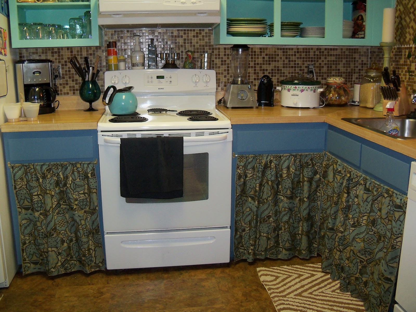 All Things Reconsidered: Open Face Cabinets