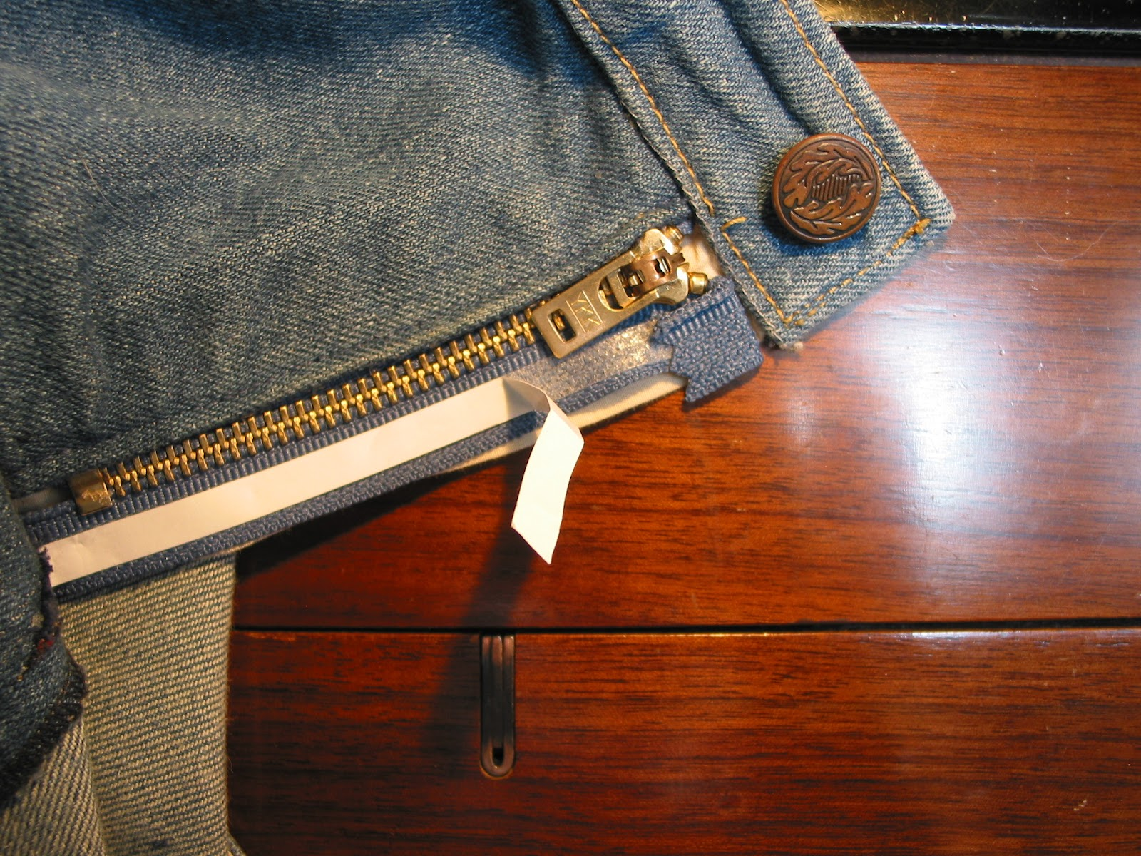 how to fix a broken zip on jeans