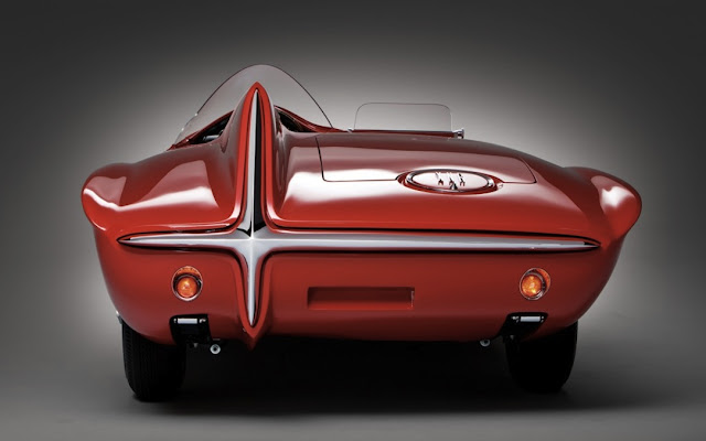 1960-plymouth-XNR-concept-car-