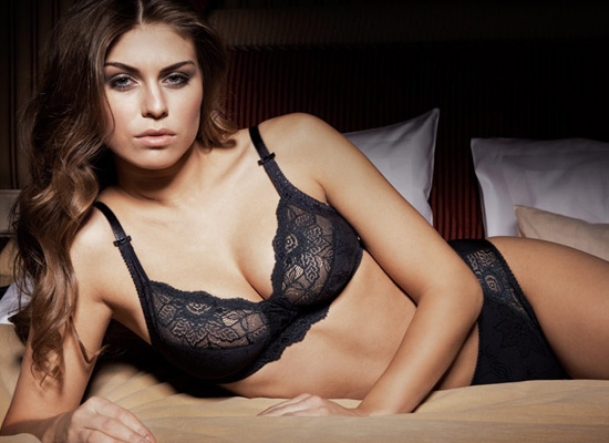 Sariana+lingerie-2011-03
