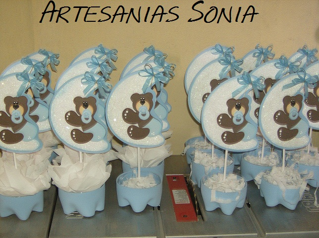 Artesanias sonia centros de mesa para baby shower for Mesa baby shower nino