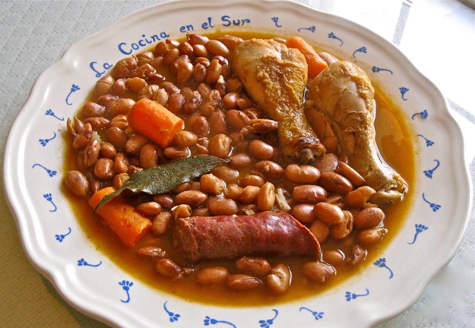 La cocina en el sur alubias pintas con chorizo y - Guiso de judias pintas ...