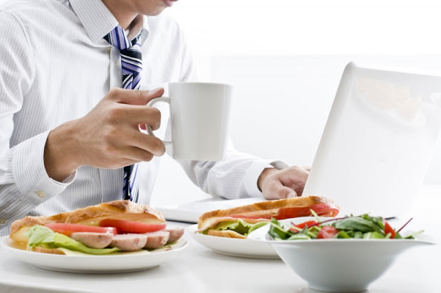 Como perder peso no trabalho