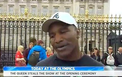 Evander Holyfield outside Buckingham Palace