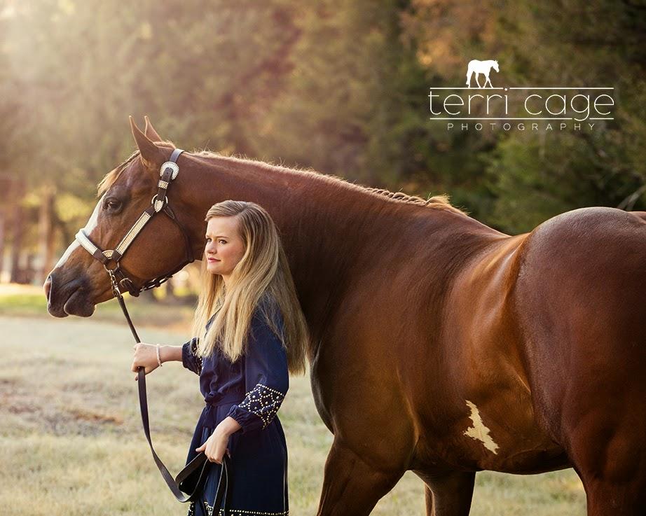 Female horse ass - photo#9