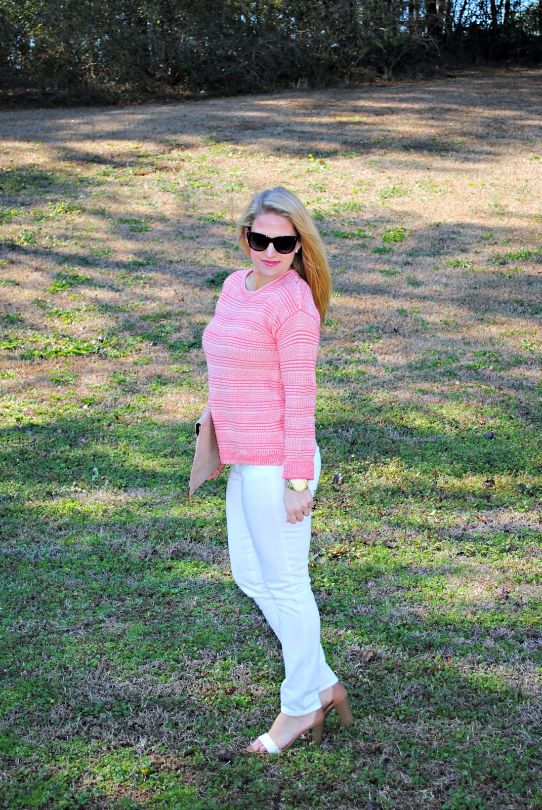 Guava Sweater, Madewell White Skinny Jeans, ASOS clutch, Block Heel Sandals Sunshine and Sequins Blog