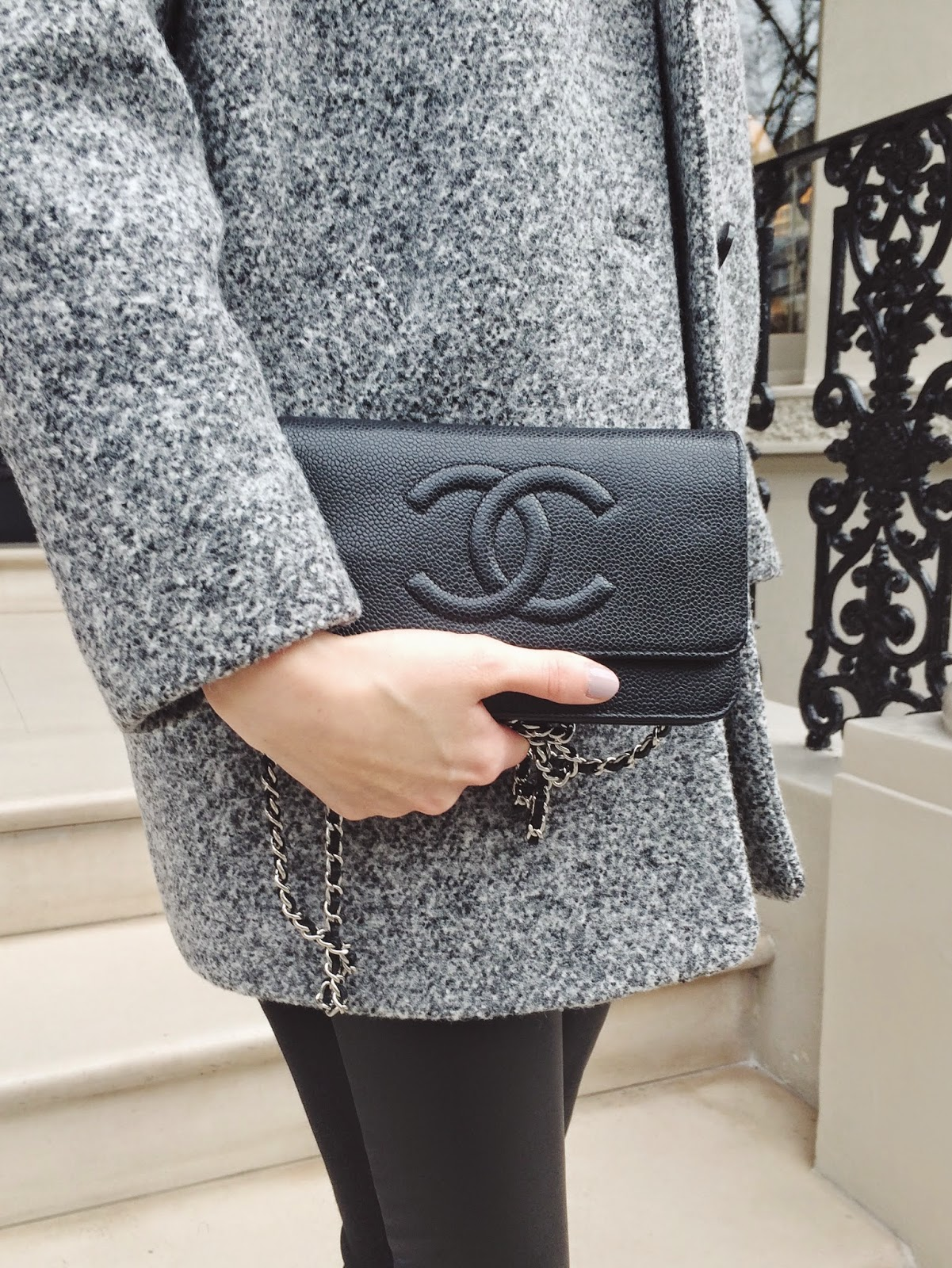 chanel wallet on chain, chanel wallet, chanel black wallet, chanel black clutch