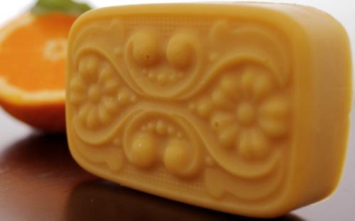 săpun natural cu portocală şi buriti