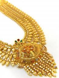 الذهب الخالص يسبب حساسية الجلد لدى بعض الأشخاص